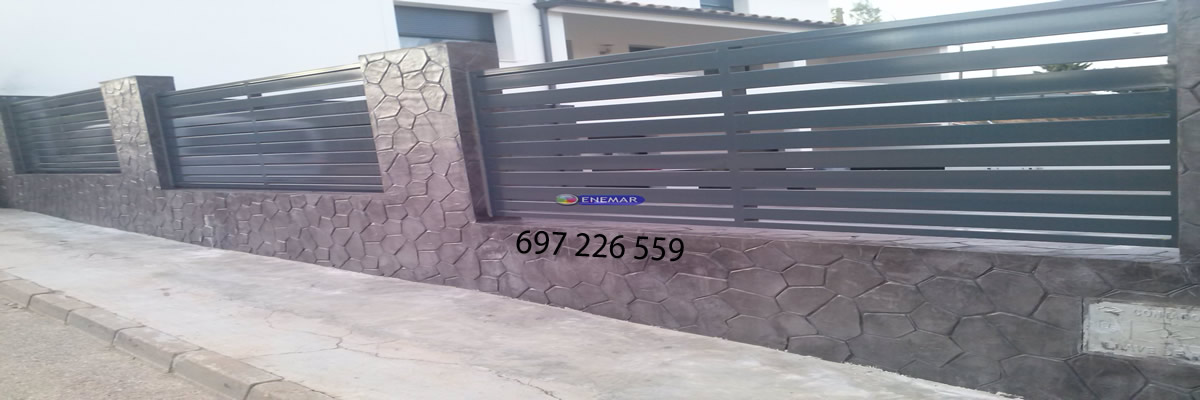 Pared con moldes en vertical